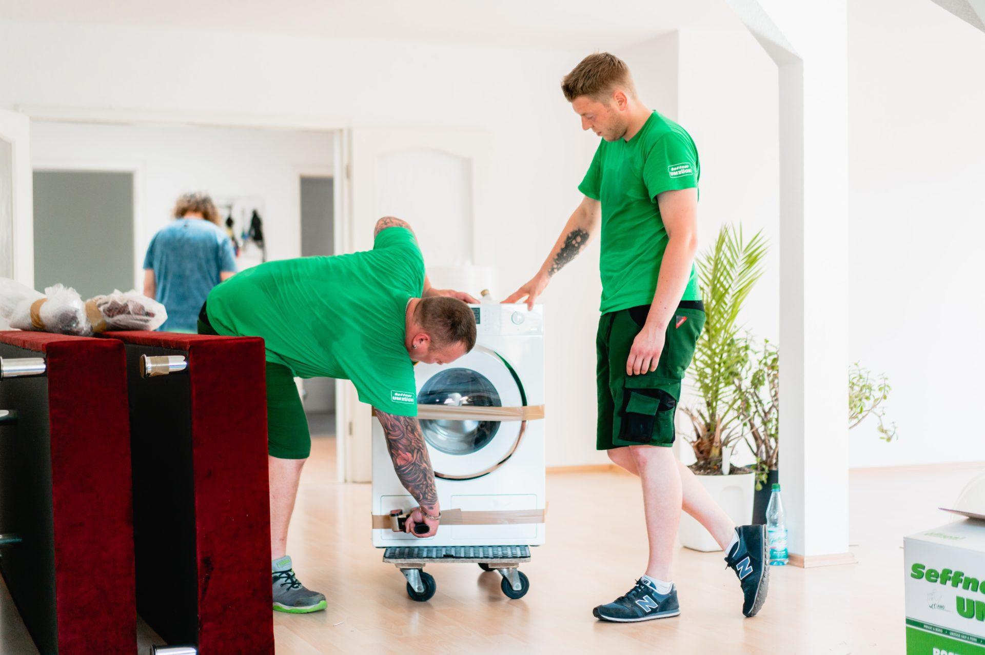 Transport der Waschmaschine mit Seffner